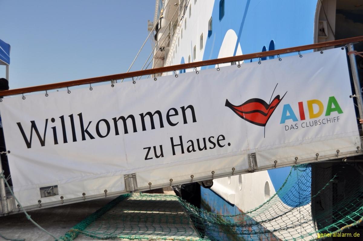 1 Juli 2012 Antalya T Rkei Aida Und Mein Schiff