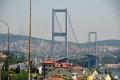 Istanbul: Blick nach Asien über die Bosporusbrücke
