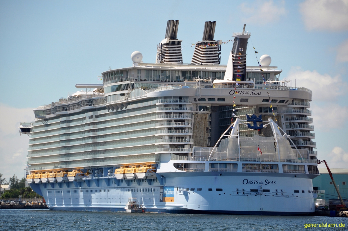 schiff of the seas