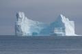 Qeqertarsuaq: Eisberg vor der Küste