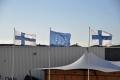Helsinki: Flaggen im Hafen