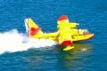 Mallorca: Löschflugzeuge beim Tanken