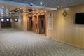 Schiffsrundgang: Treppenhaus mit Aufzügen