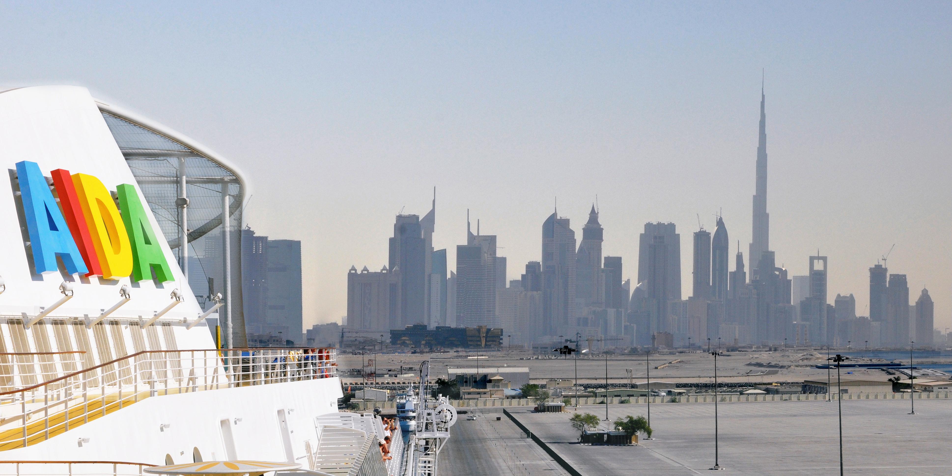 AIDA in Dubai · © AIDA Cruises