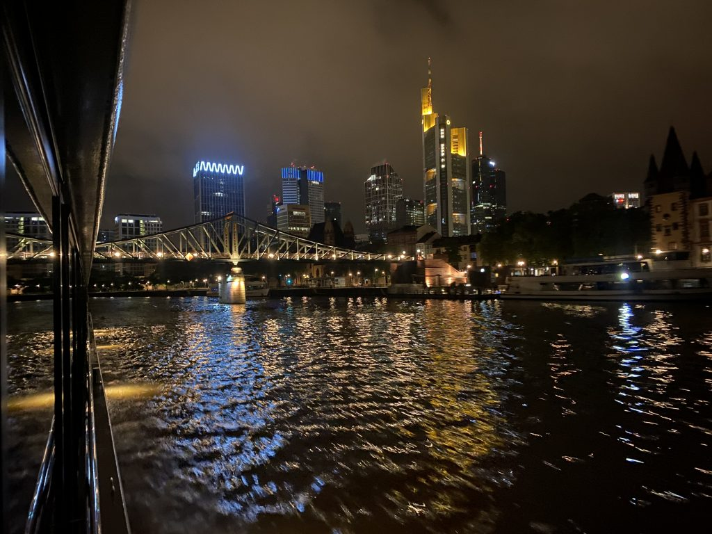 Nächtliche Skyline Frankfurt