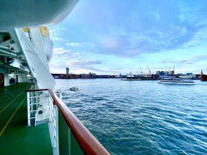 Auslaufen aus Hamburg